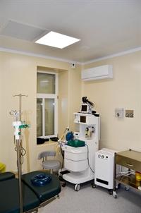 Операционная, наркозно-дыхательный аппарат