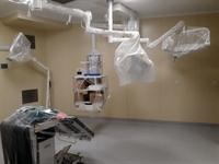 Операционная, светильники и консоль