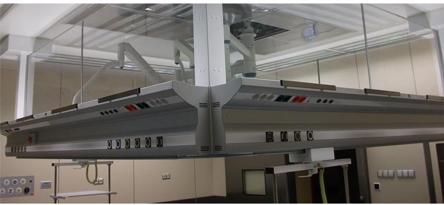 Мостовая ламинарная потолочная консоль
