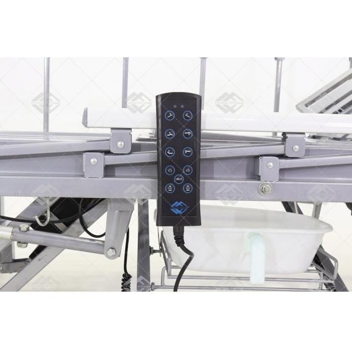 Кровать электрическая Med-Mos YG-3 (МЕ-5228Н-11) с боковым переворачиванием, туалетным устройством и функцией «кардиокресло»
